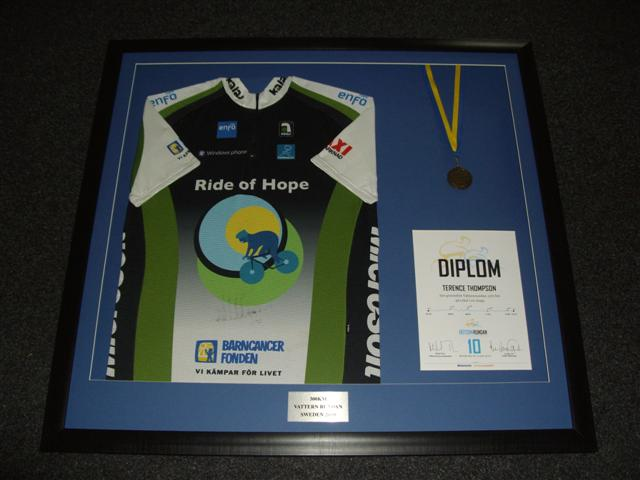 How we frame your shirt discount football shirt framing north west framed cycling vest with medal solutioingenieria Images